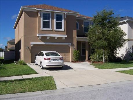 9627 Oak Glade Ave Tampa, FL 33647