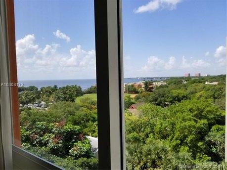 2951 S Bayshore Dr Unit 914, Miami, FL 33133