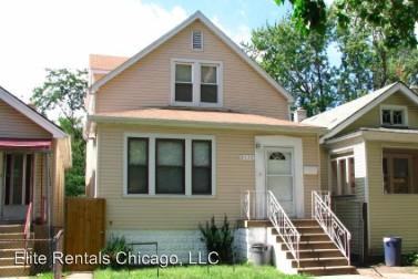 8020 S Manistee Ave, Chicago, IL 60617