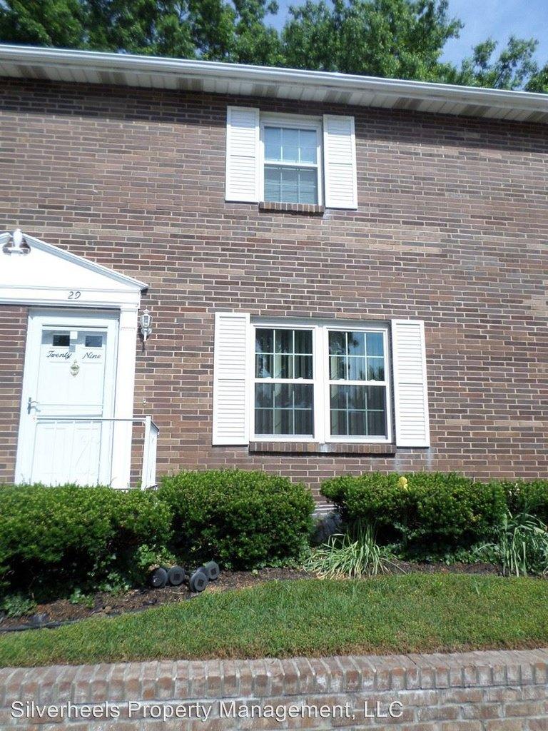 29 Campbell Dr, Parkersburg, WV 26104