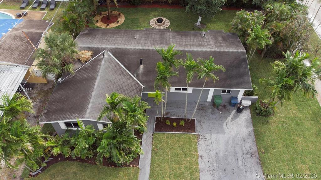 2350 NW 184th St, Miami Gardens, FL 33056