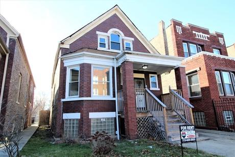 7706 S May St Chicago, IL 60620