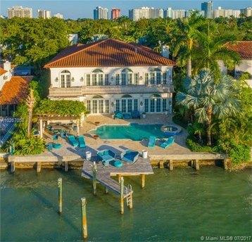 5310 N Bay Rd Miami Beach, FL 33140