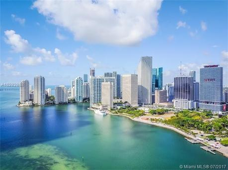 133 NE 2nd Ave Apt 3402, Miami, FL 33132