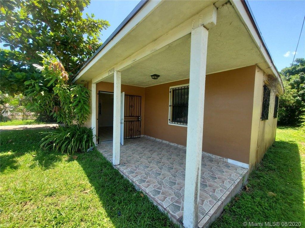 17450 SW 103rd Ave, Miami, FL 33157