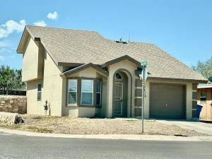 10476 Valle Rico Dr, Socorro, TX 79927