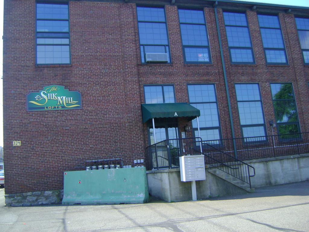 324 Allen St Unit 6, West Hazleton, PA 18202