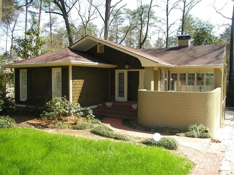 94 Lakeland Dr NW, Atlanta, GA 30305