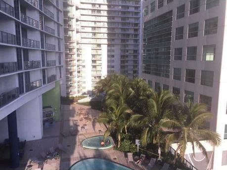 185 Sw 7th St Apt 1502 Miami, FL 33130