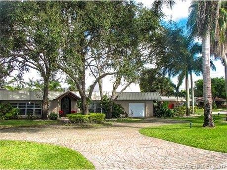 8401 SW 92nd St, Miami, FL 33156