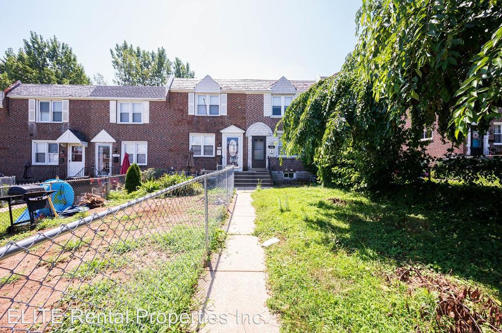 230 W Washington Ave, Clifton Heights, PA 19018