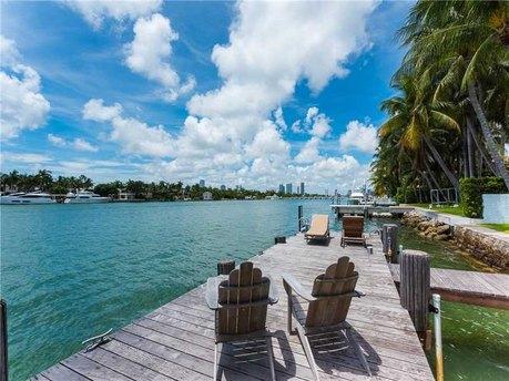 38 S Hibiscus Dr Miami Beach, FL 33139