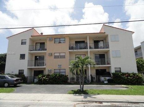 142 SW 18th Ave Apt 14, Miami, FL 33135