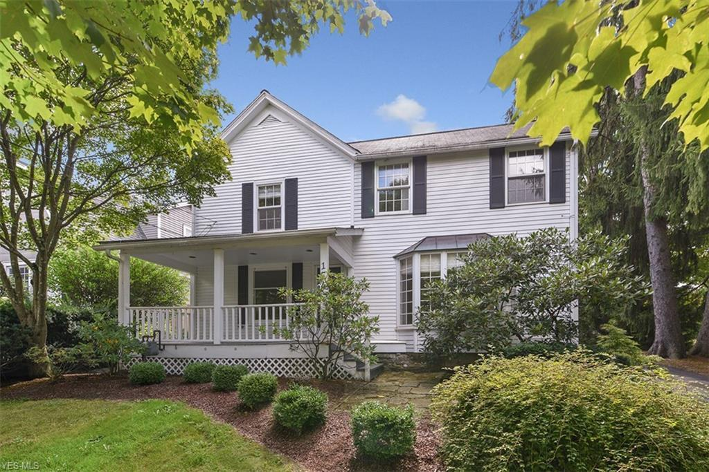 154 Vincent St, Chagrin Falls, OH 44022