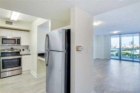 1500 Bay Rd Unit M1215, Miami Beach, FL 33139