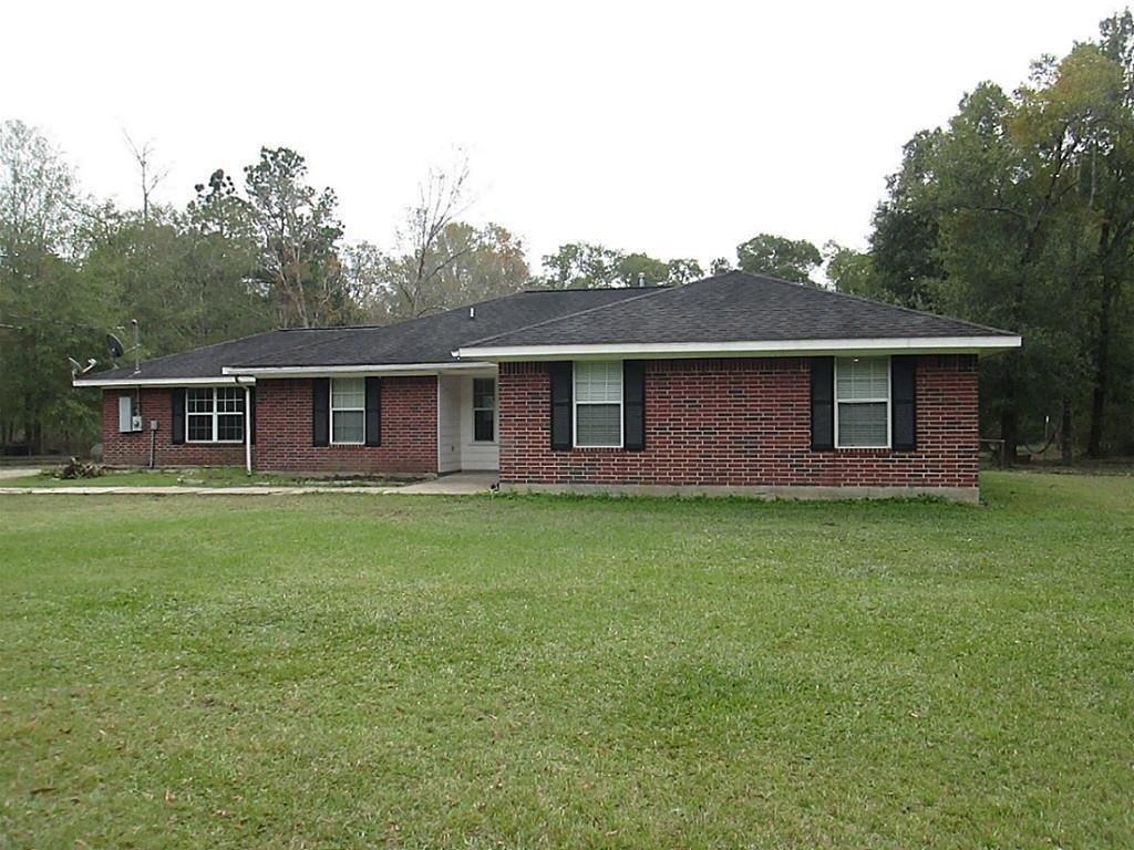 636 County Road 3731, Splendora, TX 77372