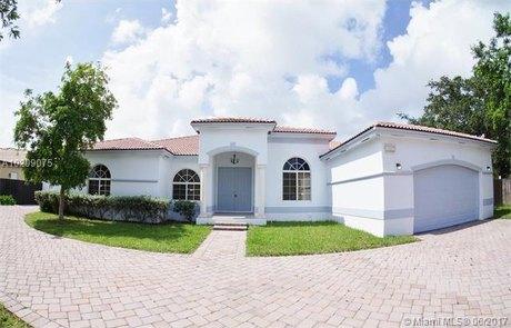 13007 SW 190th St, Miami, FL 33177