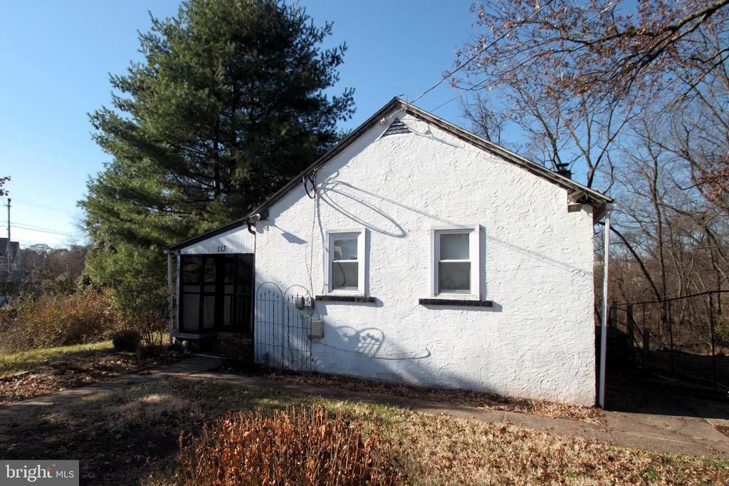 113 River Rd, Collegeville, PA 19426