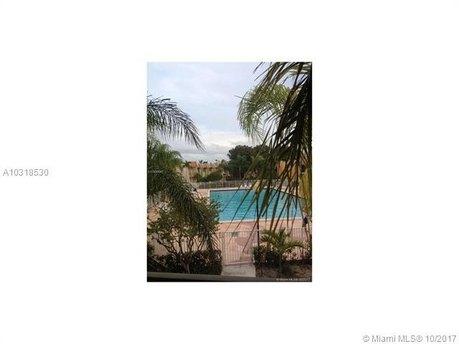 13805 SW 90th Ave Apt G202, Miami, FL 33176