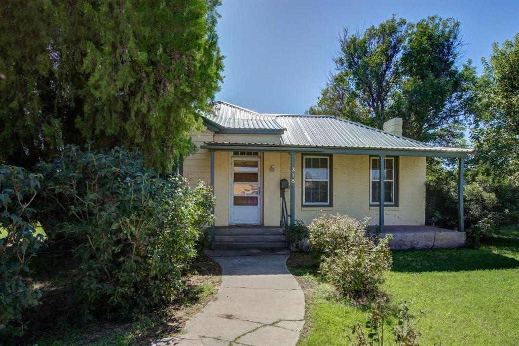 318 E Waylon Jennings Blvd | Single Family House for Rent