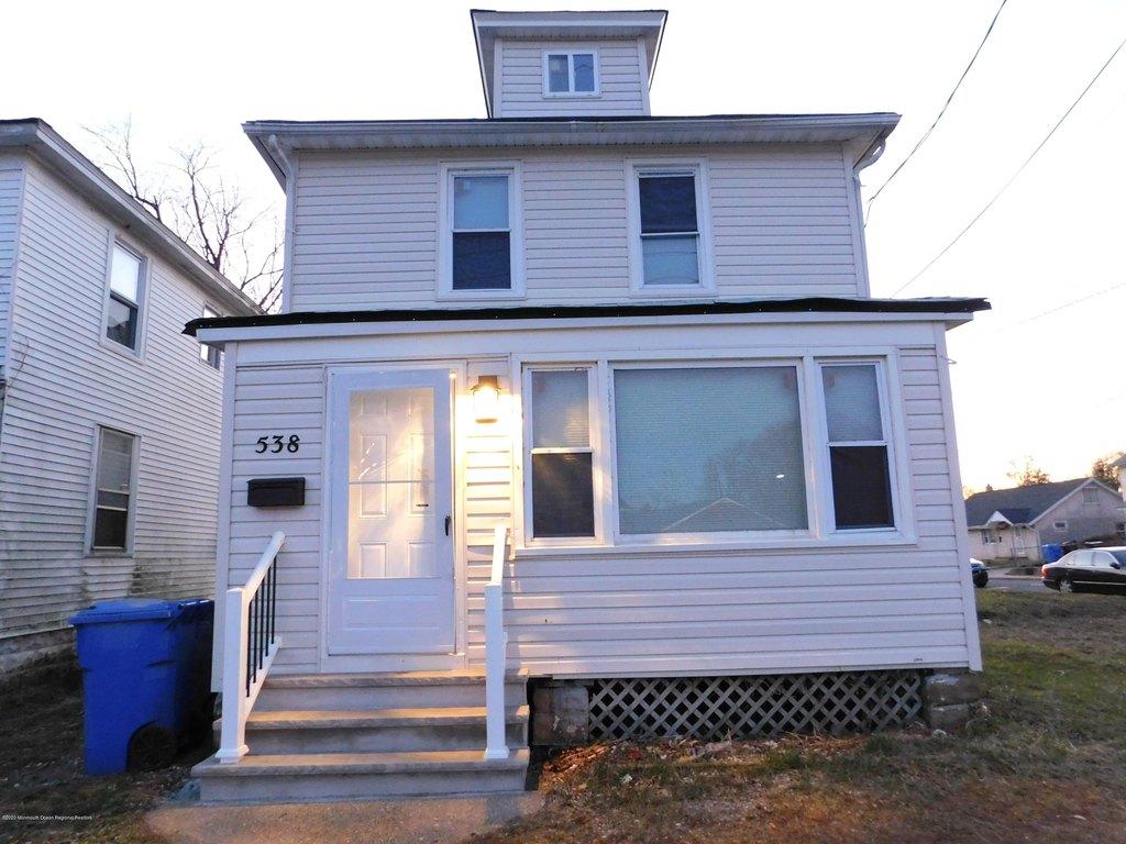 538 Shrewsbury Ave, Tinton Falls, NJ 07701