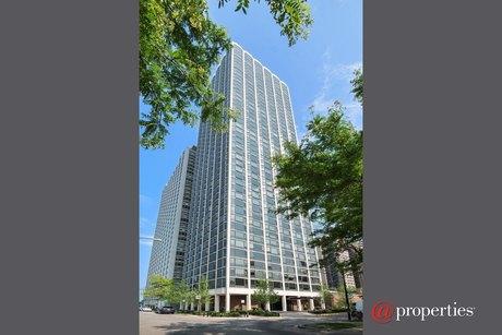 1555 N Astor St Apt 4SE, Chicago, IL 60610
