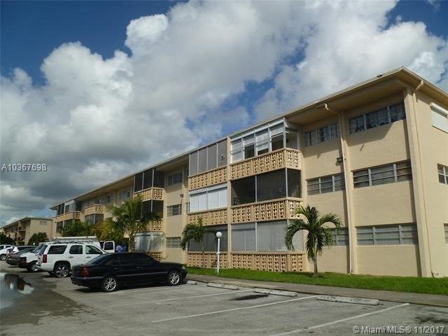 1460 NE 169th St Apt 310, Miami, FL 33162