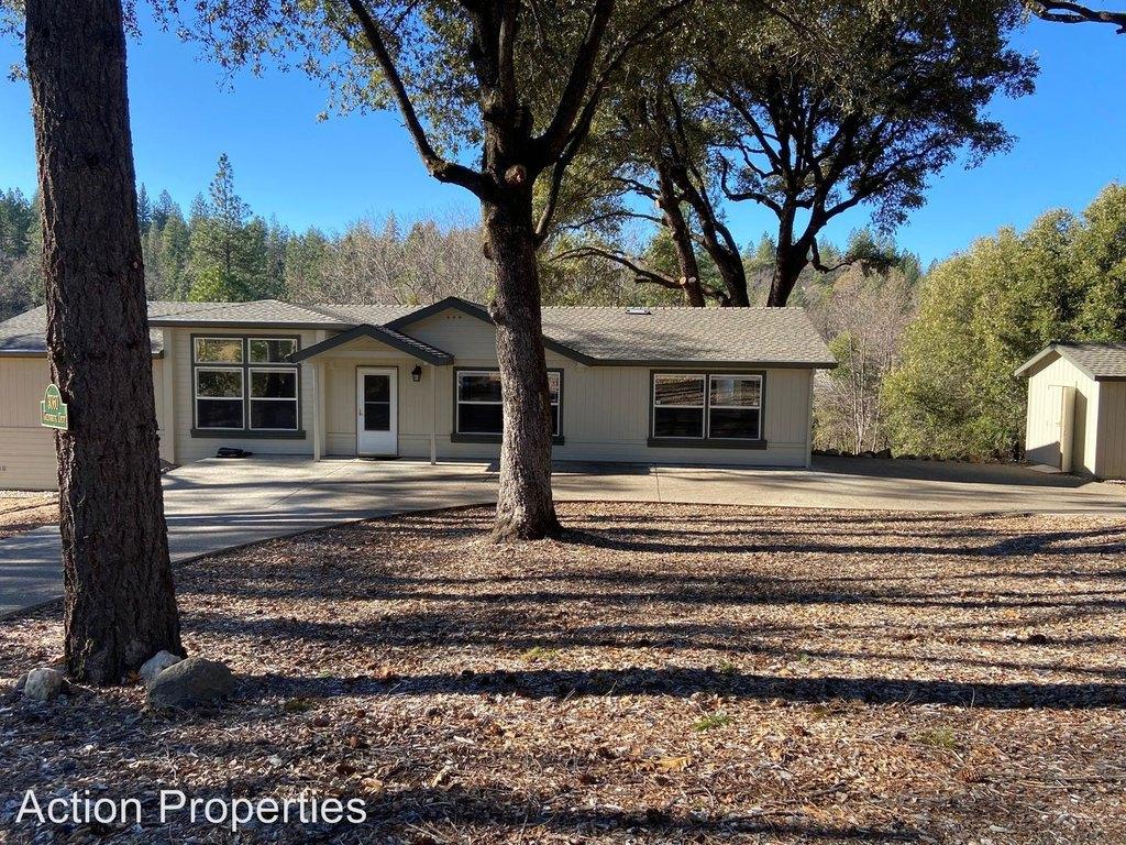 3060 Greenbrook Dr, Camino, CA 95709