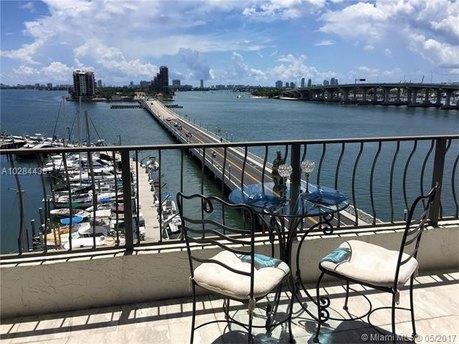555 NE 15th St Apt T2, Miami, FL 33132