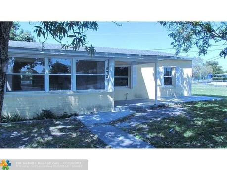 14781 Polk St, Miami, FL 33176