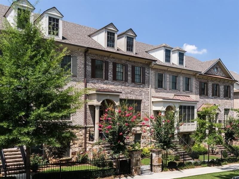 3703 Manor Brook Ct NE, Atlanta, GA 30319