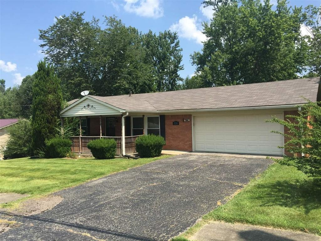 836 Scenic Dr, Radcliff, KY 40160