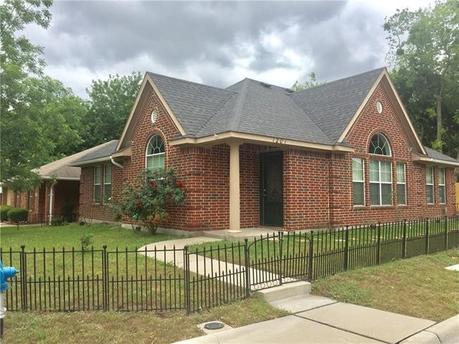 1201 Hall St, McKinney, TX 75069
