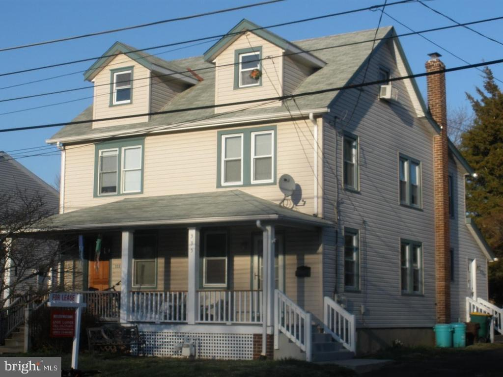 335 S Lincoln Ave, Newtown, PA 18940