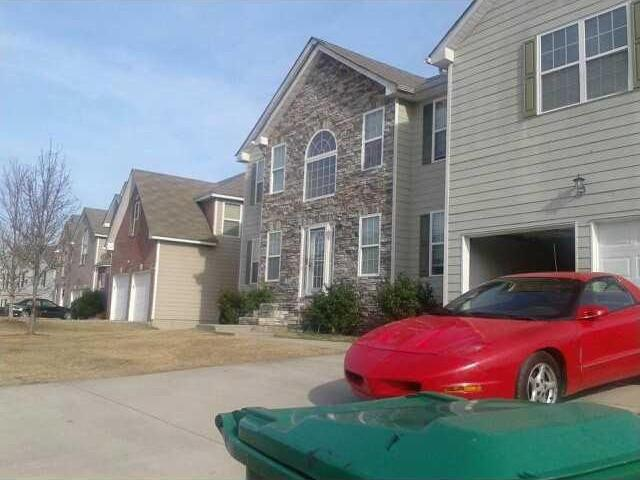 3260 Timber Rdg, College Park, GA 30349