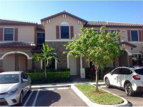 15082 SW 116th St, Miami, FL 33196