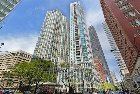 50 E Chestnut St Apt 3301 Chicago, IL 60611