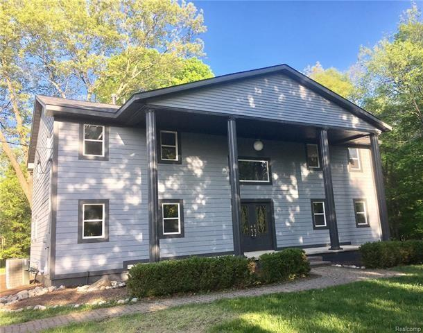 7580 Perry Lake Rd, Independence Township, MI 48348