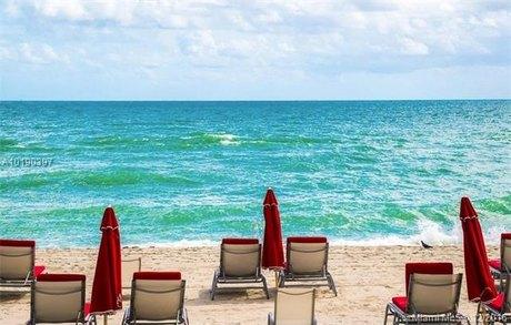 17749 Collins Ave Apt 3401, Sunny Isles Beach, FL 33160