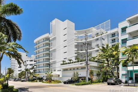 9821 E Bay Harbor Dr Apt 2, Bay Harbor Islands, FL 33154