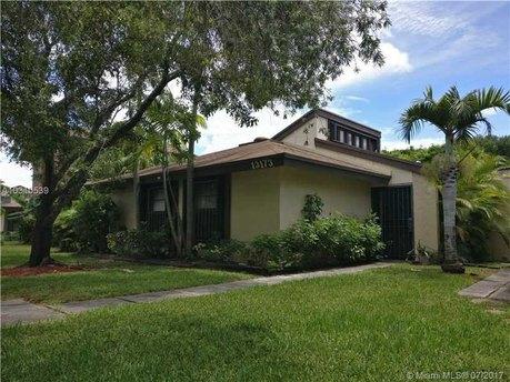 13173 SW 91st Pl, Miami, FL 33176