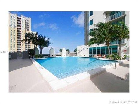 9055 SW 73rd Ct Apt 1208, Miami, FL 33156