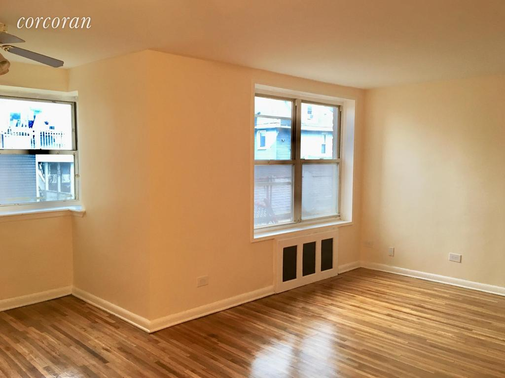 131 Beach 119th St Apt 1G, Queens, NY 11694