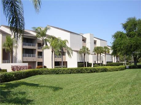2775 Kipps Colony Dr S Apt 205 Gulfport, FL 33707