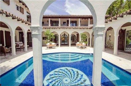5396 N Bay Rd Miami Beach, FL 33140