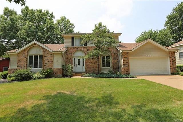 15616 Century Lake Dr, Chesterfield, MO 63017