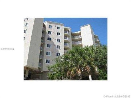 102 SW 6th Ave Apt 410, Miami, FL 33130