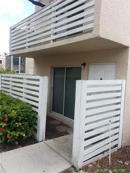14377 SW 97th Ter, Miami, FL 33186