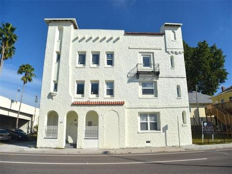 409 8th St N Apt 2, Saint Petersburg, FL 33701