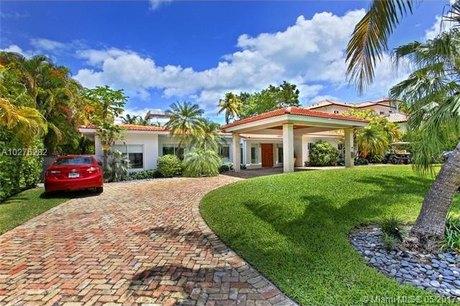 345 Gulf Rd, Key Biscayne, FL 33149